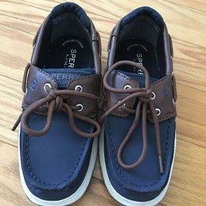 New! Sperry Top Sider Lanyard Boat Shoes Boys 13.5
